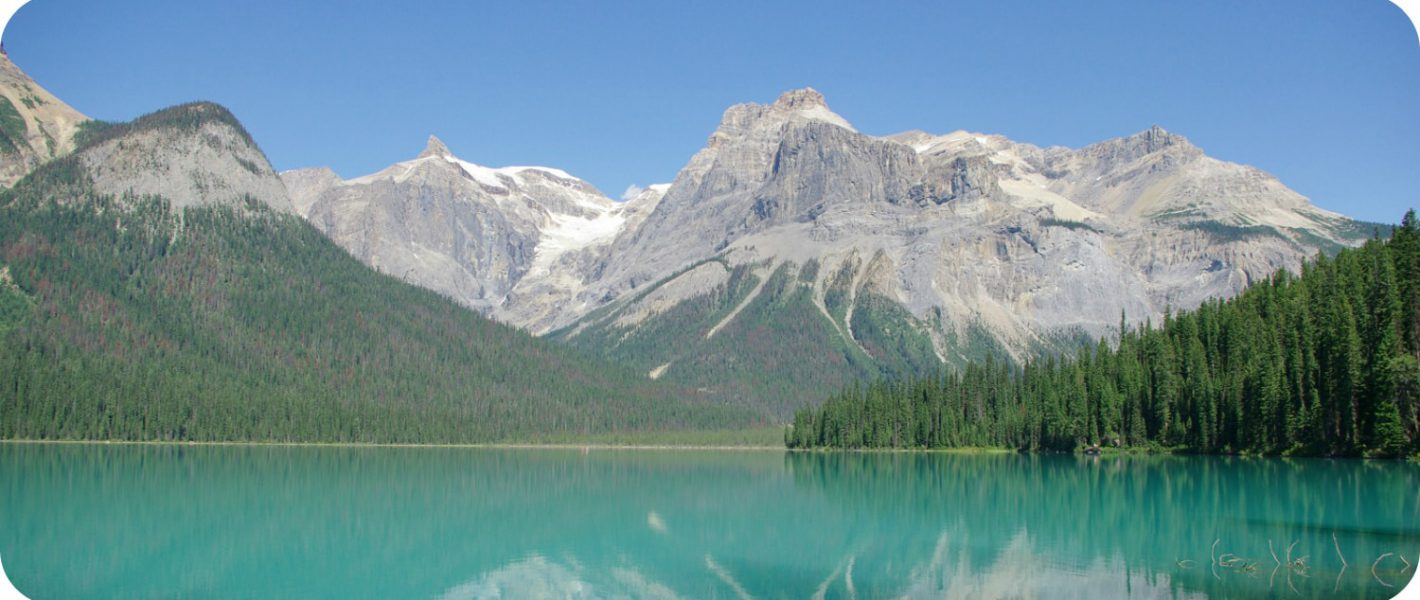 gletsjermeren van de Rocky Mountains Emerald Lake